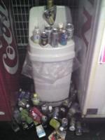 空き缶のゴミ箱 2010/09/30撮影